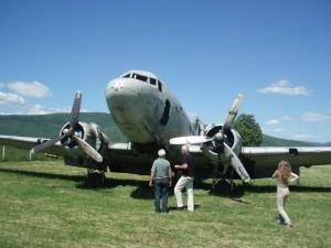 stari vojni avion